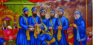 Bhai Mohkam Singh performing the Amrit Sanskar Ceremony on 30 March 1699